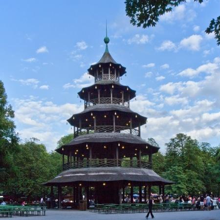 Jardin anglais - Tour chinoise